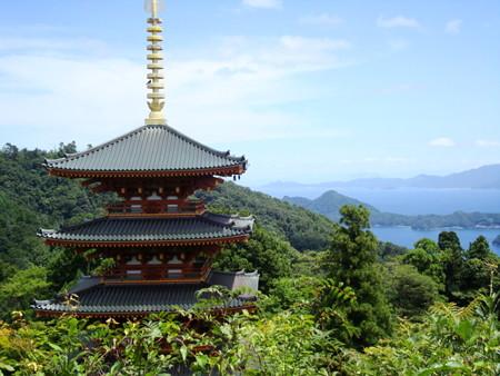 成相寺の五重塔