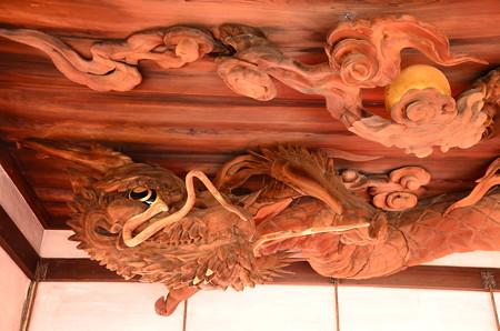 瀧尾神社の龍