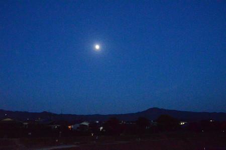 大文字山の上のお月様