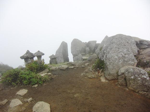 姫神山頂上
