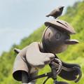 写真: 雀サイクリスト