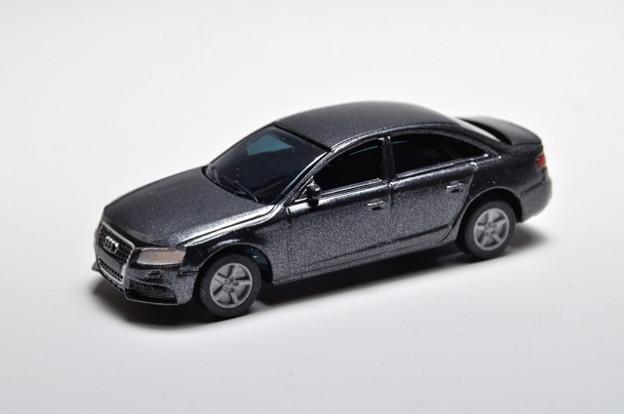 サントリーボス_アウディコレクション Audi A4_001
