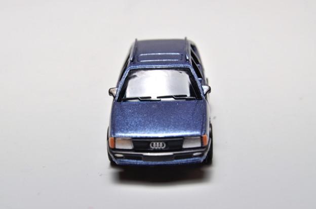 サントリーボス_アウディコレクション Audi 100 Avant_004