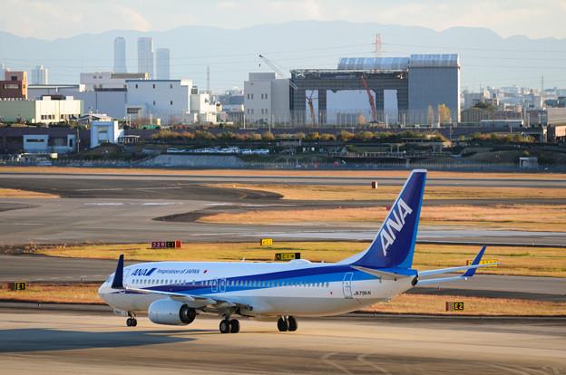 Boeing 737-881