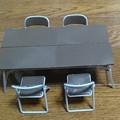 部室の机と椅子 1/12可動フィギュア用アクセサリー