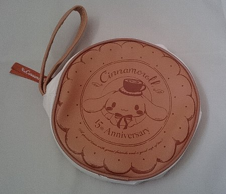 シナモロール15th Anniversary BOOK Cinnamoroll×Honey Cinnamon ビスケットポーチ