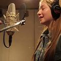 Photos: 「みんながみんな英雄」の替え歌は、AICHOLTZ(マリナ・アイコルツ)「みんながみんな英語」!歌うのはハーフの女の子!