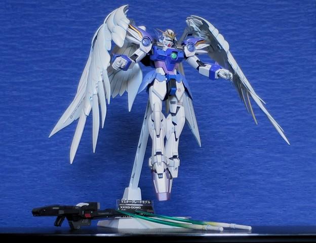 18-01 MG. Wing Gundam Zero EW  XXXG-00W0