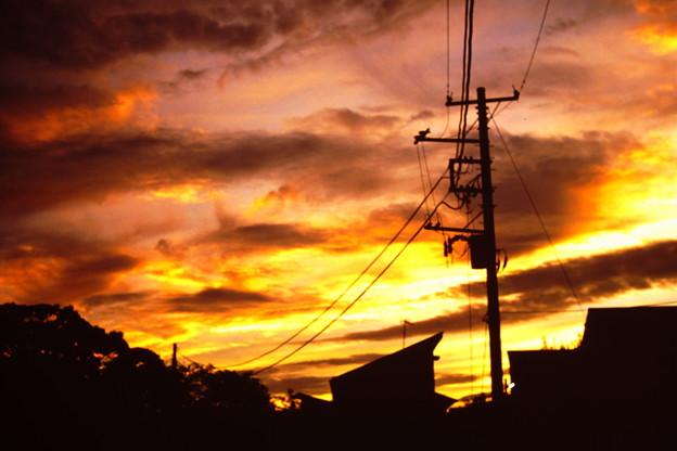 夕焼けこやけで日が暮れて