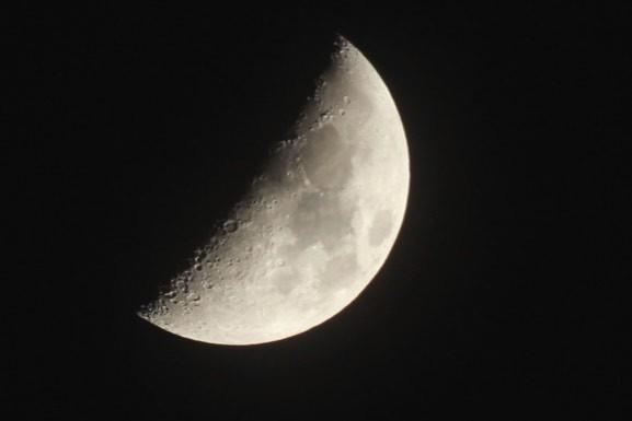 初撮り~New Lens♪~昨夜のお月さま
