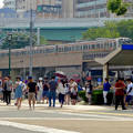 写真: 「ポケモンGo」をやりに来た人たちでごった返す鶴舞公園 - 63