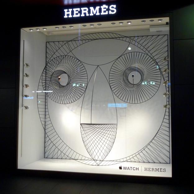 名古屋三越栄店1階に「Apple Watch Hermès」のディスプレイ - 2