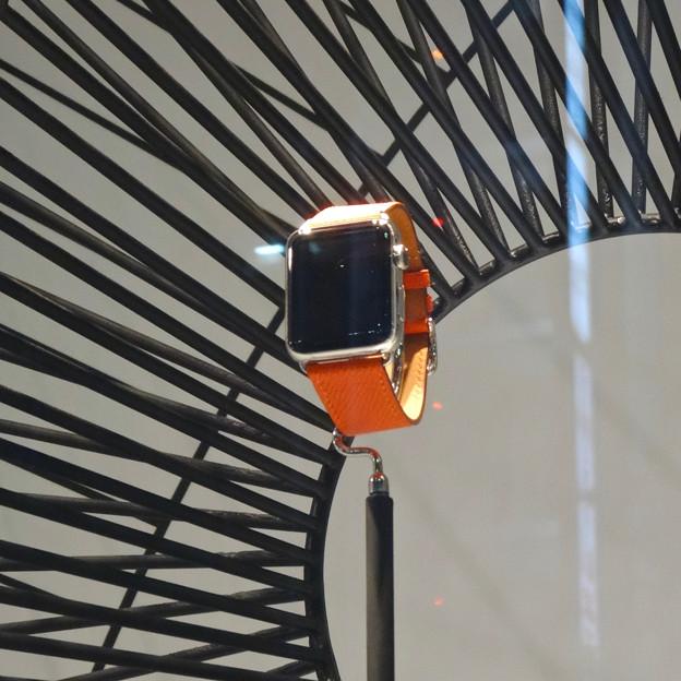 名古屋三越栄店1階に「Apple Watch Hermès」のディスプレイ - 4