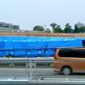 中央道を走る高速バスの中から見た、桃花台線中央道上高架撤去工事現場(2016年10月22日) - 2