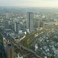 ミッドランドスクエア「スカイプロムナード」から見た景色(夕方) - 15:ささしまライブ24