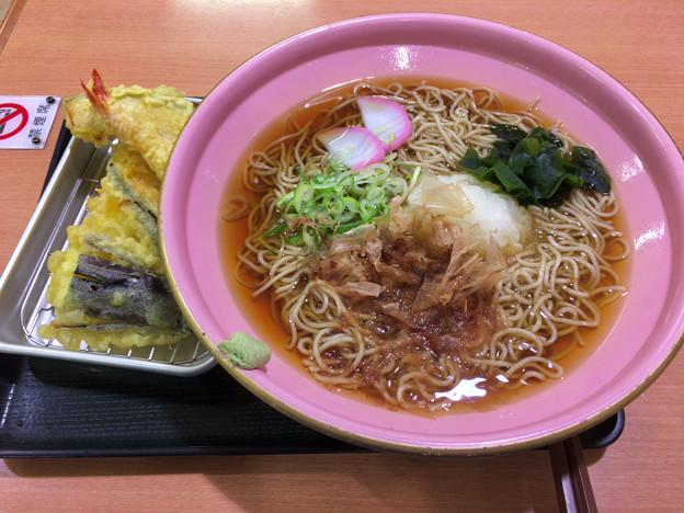 穂波:天麺そば(温かい、大盛り)