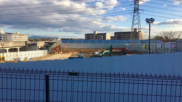 桃花台線の中央道上高架撤去工事高架(撤去後、2017年1月17日):防音壁の設置完了? - 7