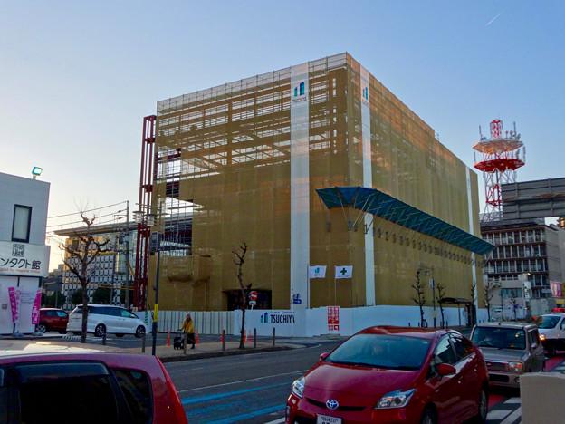 写真: 新しい建物の建設が始まってた、ヤマダ電機テックランド春日井店(2017年1月26日)- 1