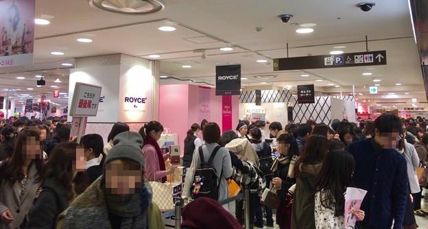 JR名古屋タカシマヤ:大勢の人で賑わってたバレンタイン企画「アムール・デュ・ショコラ」