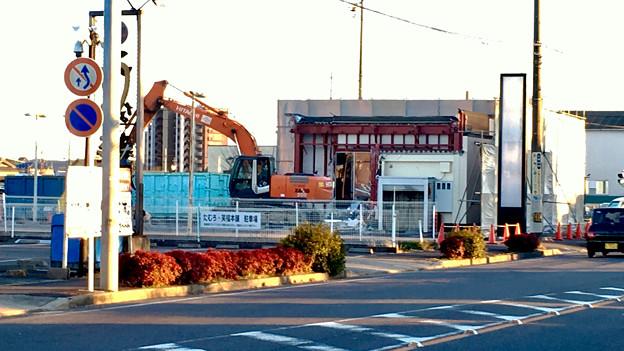 春日井市民病院前の元・回転寿司屋の建物が解体 - 2