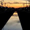 写真: 夕暮れ時の地蔵川 - 1
