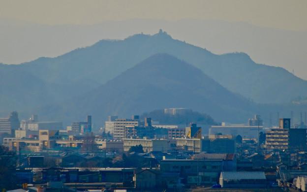 写真: 犬山城から見た金華山と岐阜城 - 10