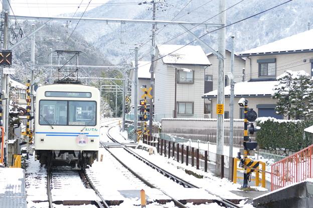 雪の三宅八幡駅