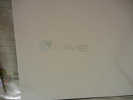 NECのLAVIEホワイトだ(^^)/