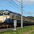 Photos: 青い空と113系スカ色