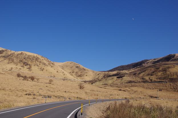 写真: 九州横断道路