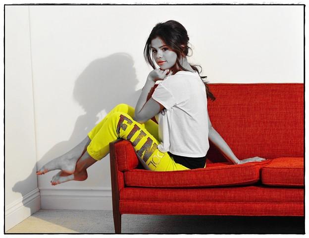 Beautiful Selena Gomez(900404)