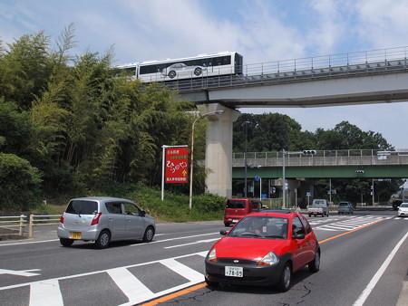リニモ100形 公園東~芸大前05