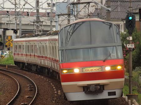 名鉄1000系特急 名鉄犬山線大山寺駅