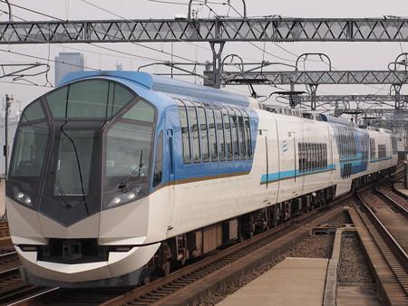 近鉄50000系しまかぜ 近鉄名古屋線八田駅02