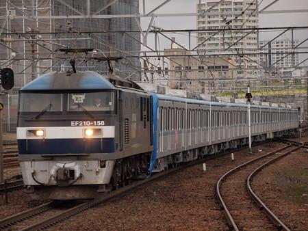 EF210 メトロ15000系甲種 東海道本線熱田駅02