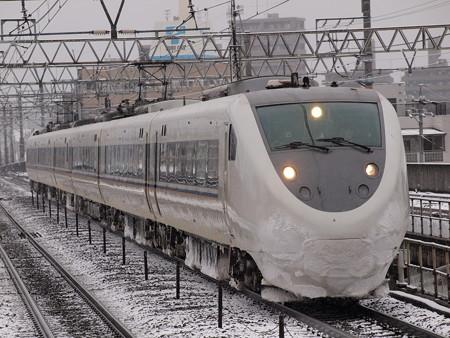 681系特急しらさぎ 東海道本線尾張一宮駅