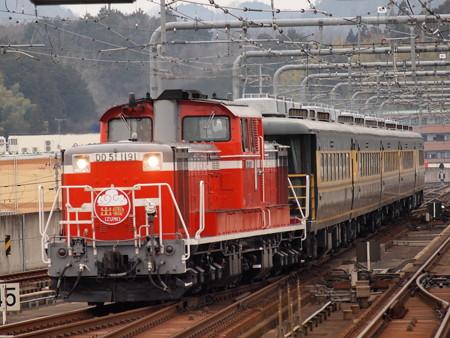 DD51 サロンカーなにわ  山陰本線福知山駅07