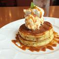 Caramel honey pancakes ~Denny'sへようこそ(^o^)~小さな幸せ