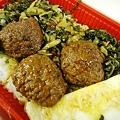 Photos: ファミリーマート 弁当 高菜と獅子頭とピーマンと玉子
