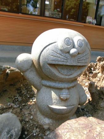 居木神社-16_キャラ-02ドラえもんb