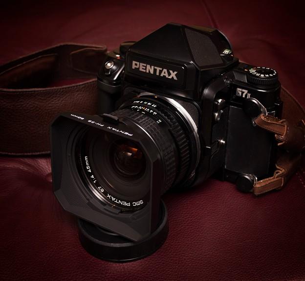 写真: PENTAX 67II & 67 45mmF4