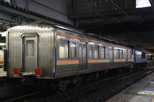 サハ211高崎車長野配給
