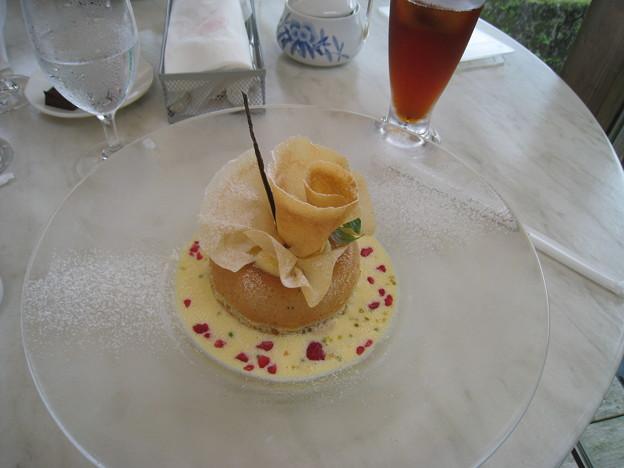 桃のサバラン