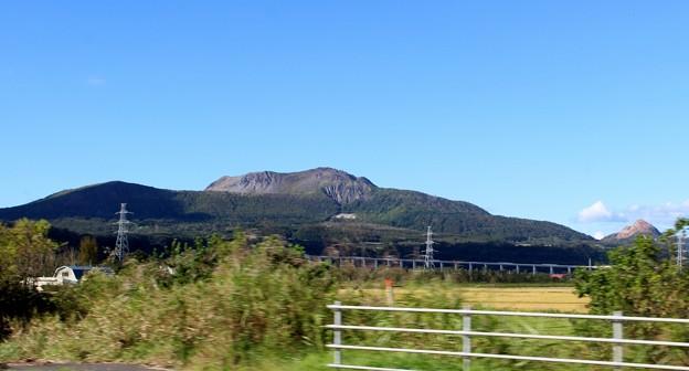 有珠山と昭和新山