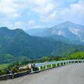 写真: 武甲山を望む