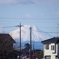 Photos: 散歩道から見える富士山