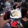 写真: 先生の赤ワインとチーズ