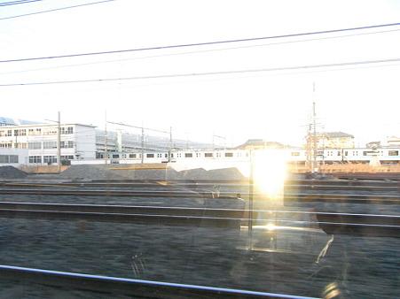 E231系湘南新宿ライングリーン車1Fの車窓34