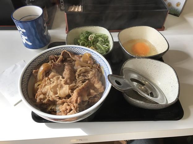 写真: 20161124 牛ねぎ玉丼