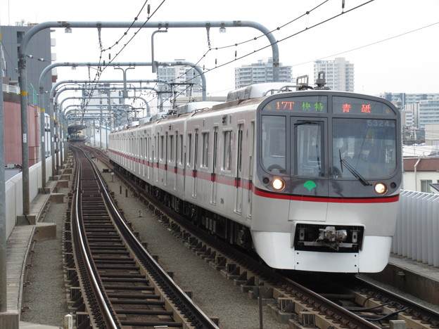 都営浅草線5300形 5324F